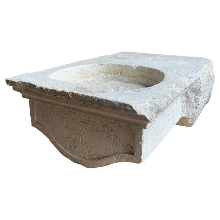 17th Century Marble Bassin Sink For Sale