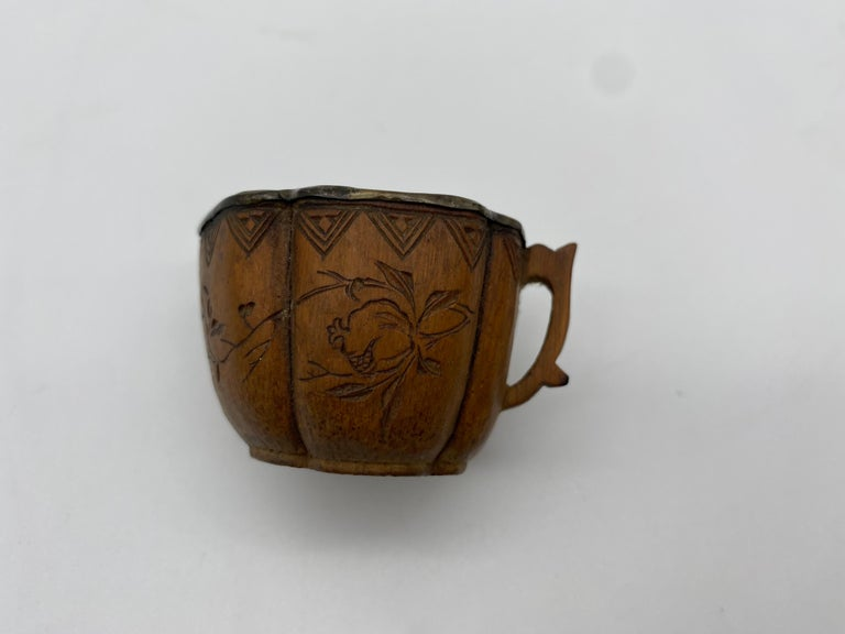 17th Century Qing Dynasty Set of 5 Chinese Bamboo Tea Cups with Silver Inlaid For Sale 7