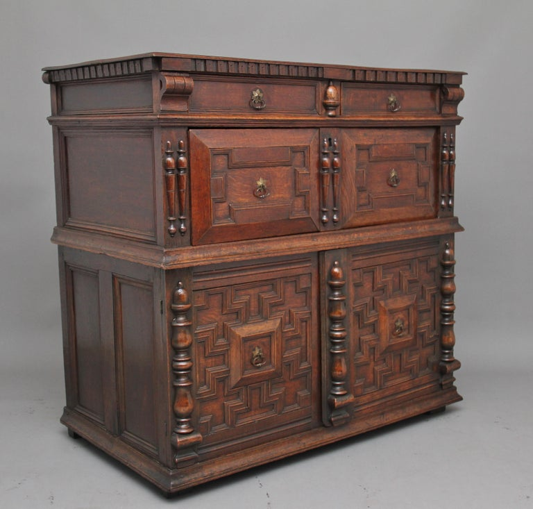17th Century Oak Enclosed Chest of Drawers In Good Condition For Sale In Martlesham, GB