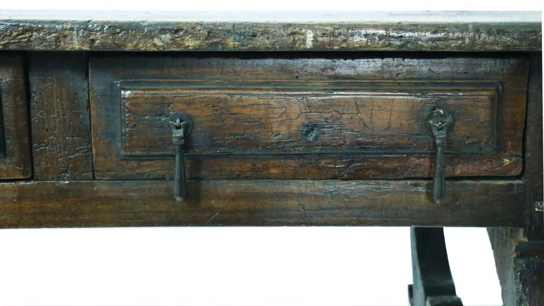 17th Century Oak Spanish Refectory Table For Sale 1