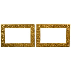 17th Century, Pair of Italian Carved Giltwood Frames