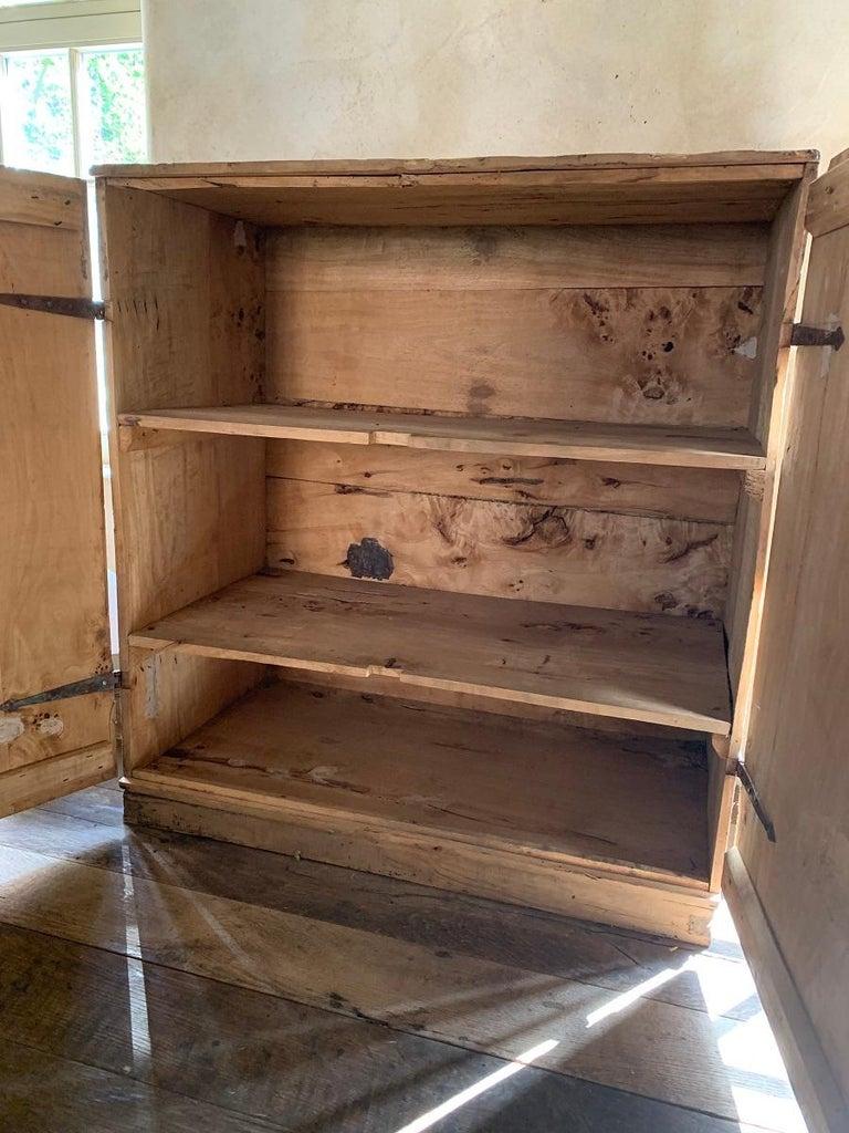 17th Century Pyrinee Cupboard For Sale 3