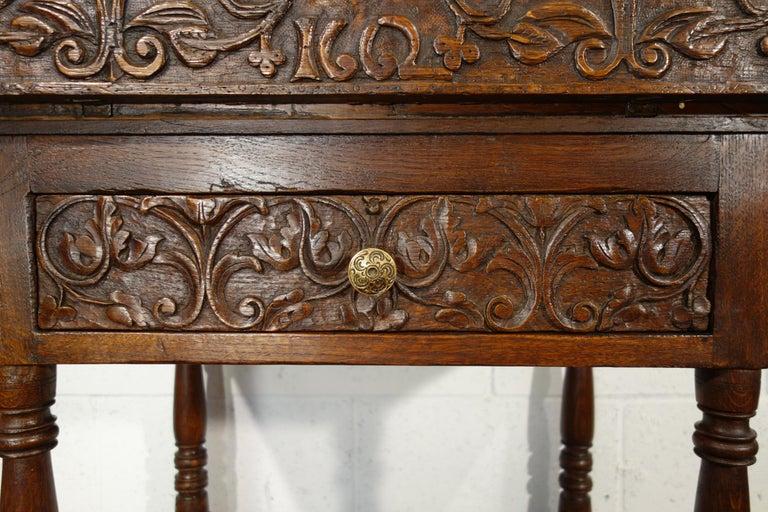 17th Century Renaissance Style Italian Chestnut Leggio Music Desk Lectern Table For Sale 5