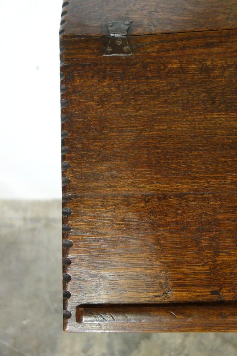 17th Century Renaissance Style Italian Chestnut Leggio Music Desk Lectern Table For Sale 9