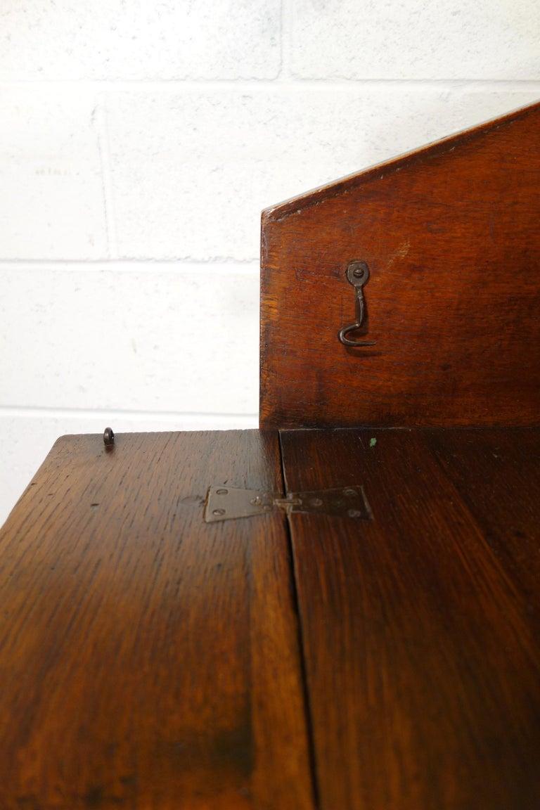 17th Century Renaissance Style Italian Chestnut Leggio Music Desk Lectern Table For Sale 14