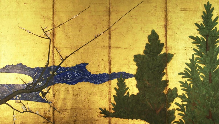 Antique six-panel Japanese screen from the early Edo period, painted with mineral pigments on gold leaf.