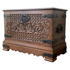 17th Century Spanish Baroque Savoy Hand Carved Chest Trunk