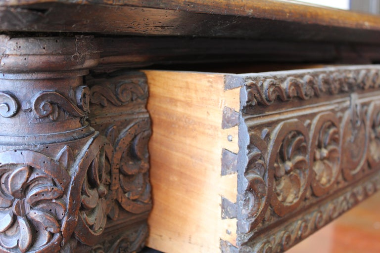 17th Century Spanish Library Table For Sale 4