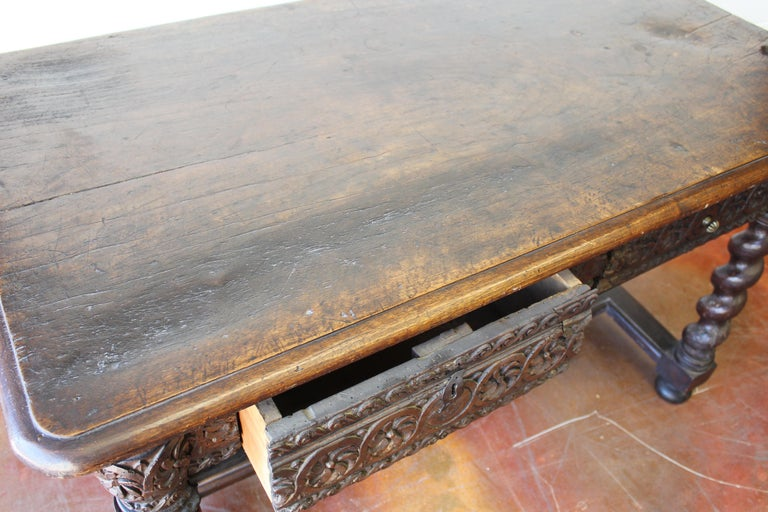 17th Century Spanish Library Table For Sale 5