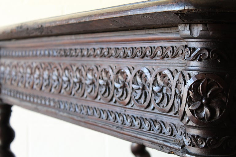 17th Century Spanish Library Table For Sale 10