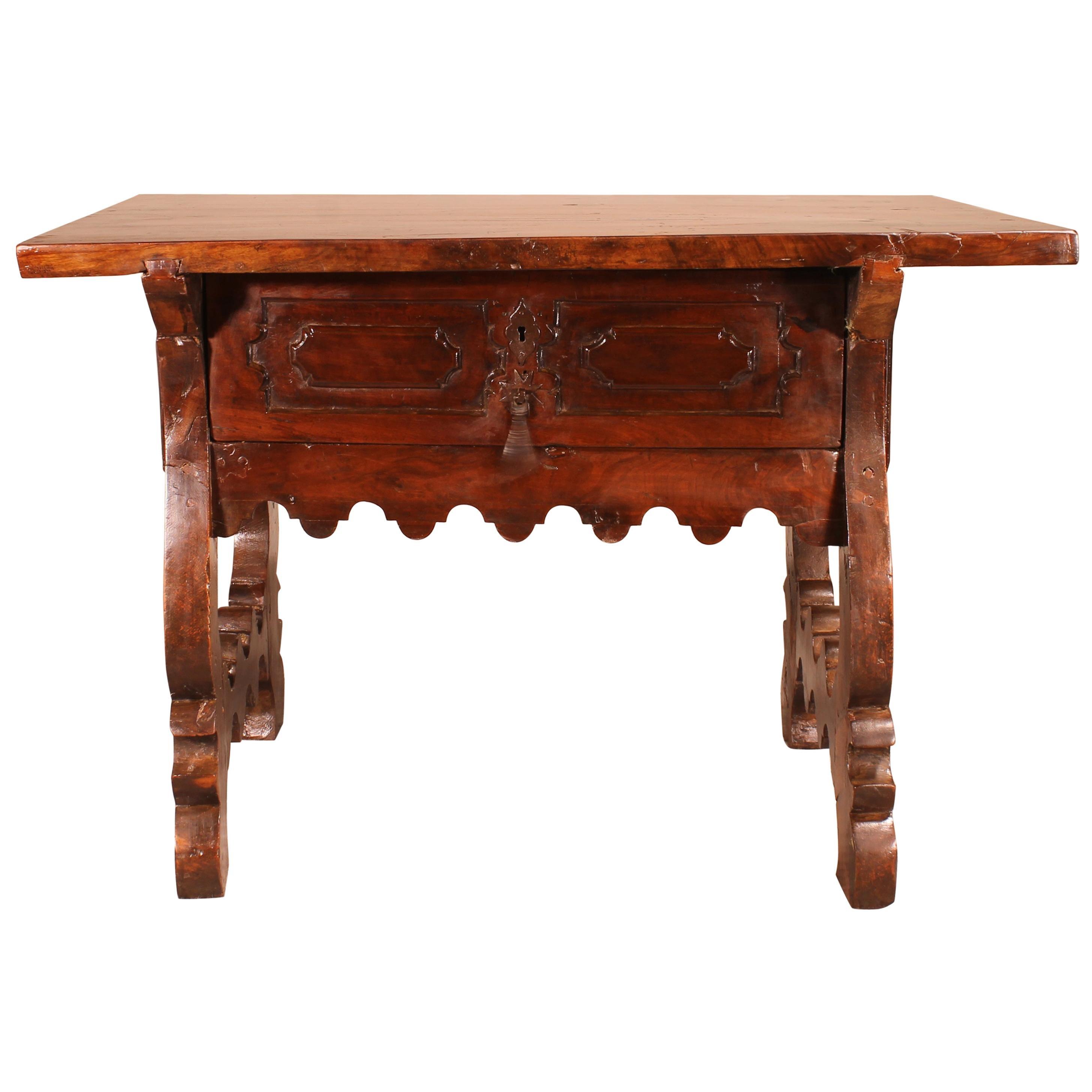 17th Century Spanish Table in Walnut