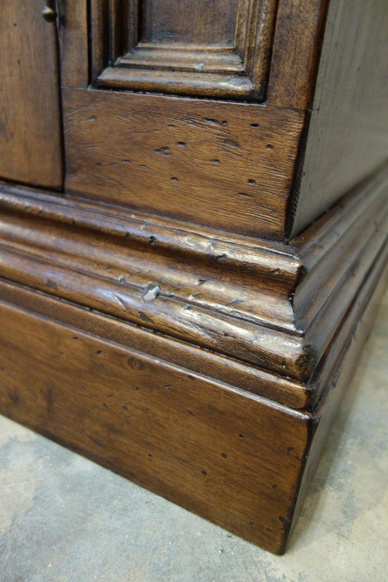 17th Century Style Italian Classic Old Walnut Credenza, Custom Cabinet Line For Sale 5