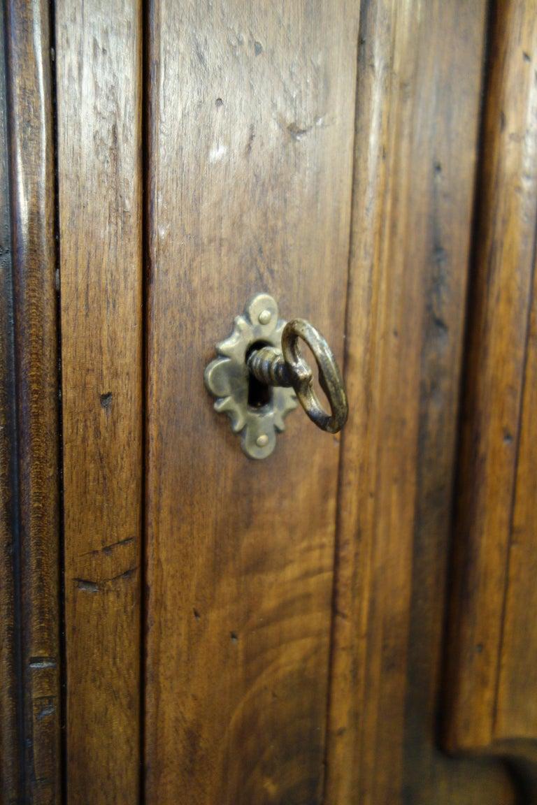 17th Century Style Italian Classic Old Walnut Credenza, Custom Cabinet Line For Sale 1