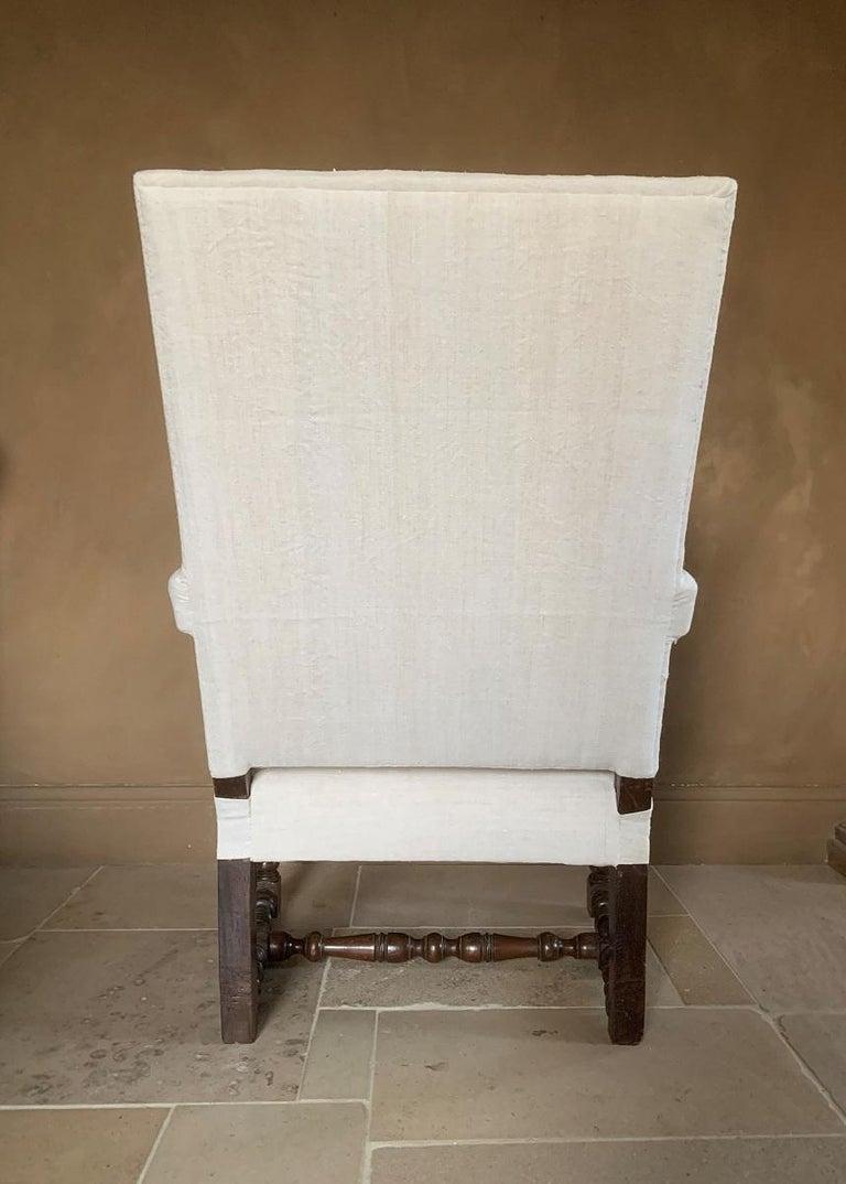 17th Century Walnut Armchair For Sale 4