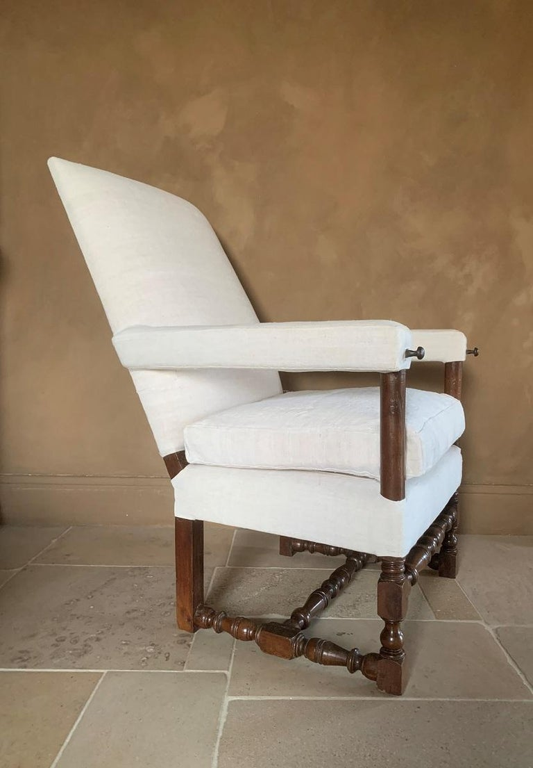 French 17th Century Walnut Armchair For Sale