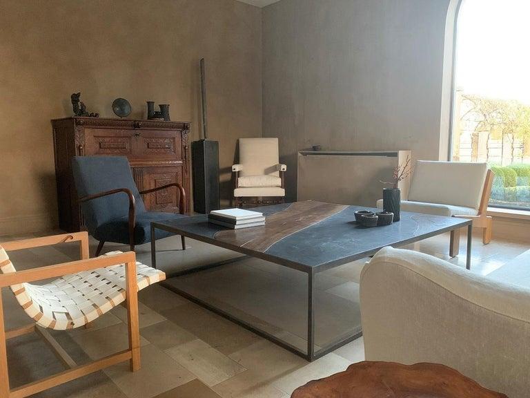 17th Century Walnut Armchair For Sale 1
