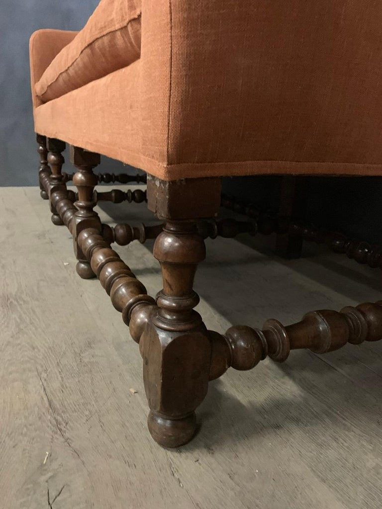 Hand-Crafted 17th Century Walnut Sofa For Sale