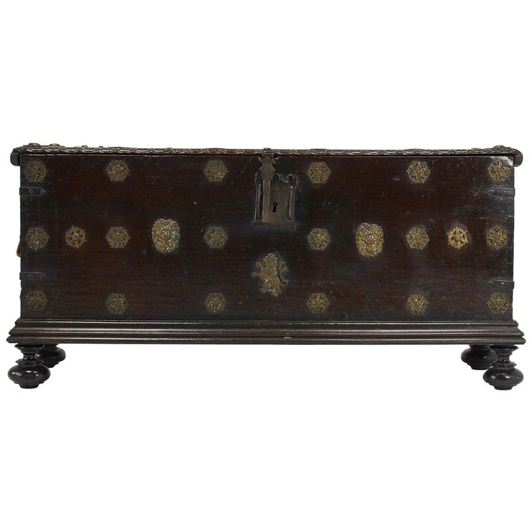 17th Century Walnut Spanish Trunk For Sale