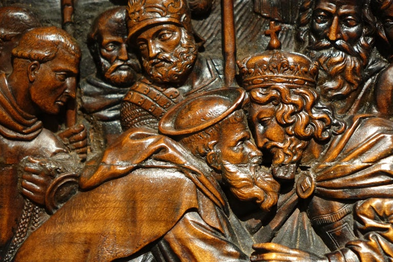 17th Century Wood Panel Sculpture Carved in Low Relief, Italy or France In Good Condition For Sale In Paris, FR