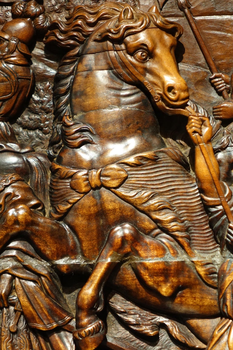 17th Century Wood Panel Sculpture Carved in Low Relief, Italy or France For Sale 1