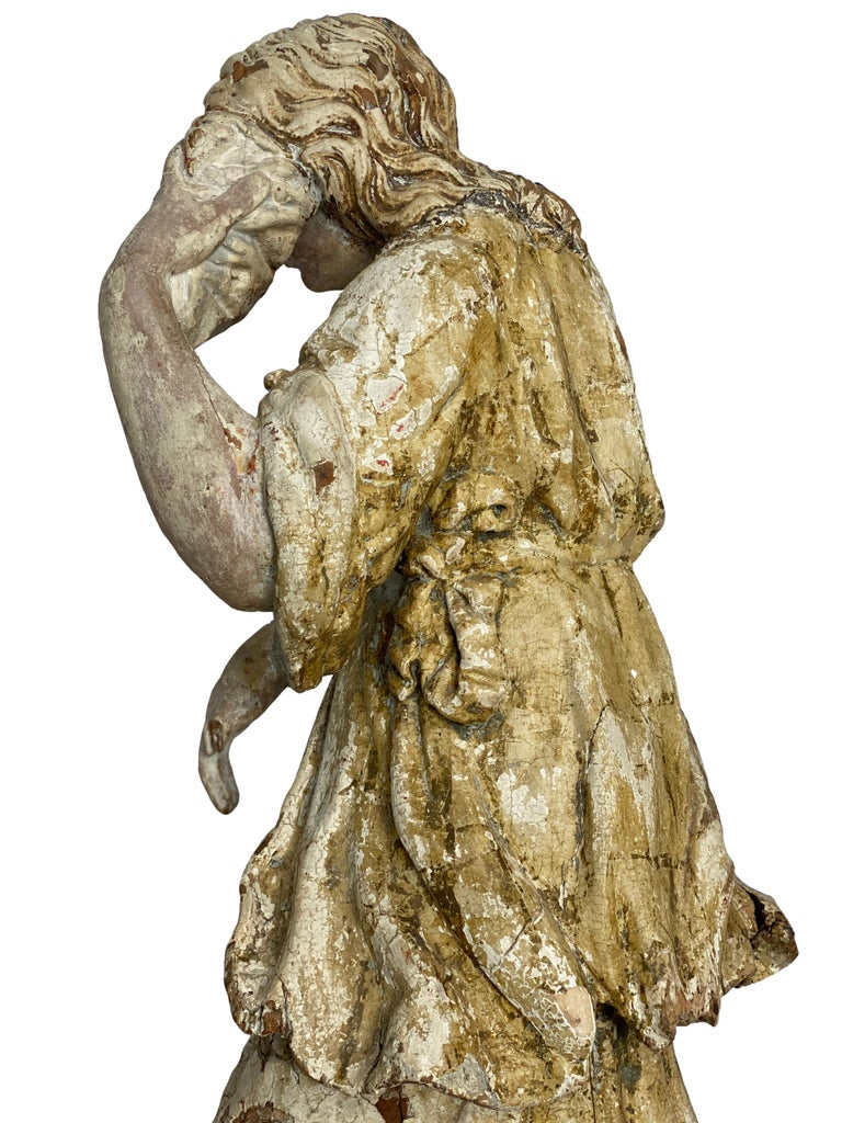 17th Century Wooden French Polychrome Statue of Mary Magdalene In Good Condition For Sale In Houston, TX