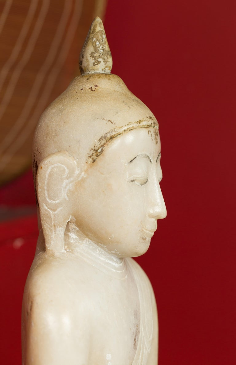 17th or 18th Century Burmese Shan Style Alabaster Sculpture of a Seated Buddha For Sale 5