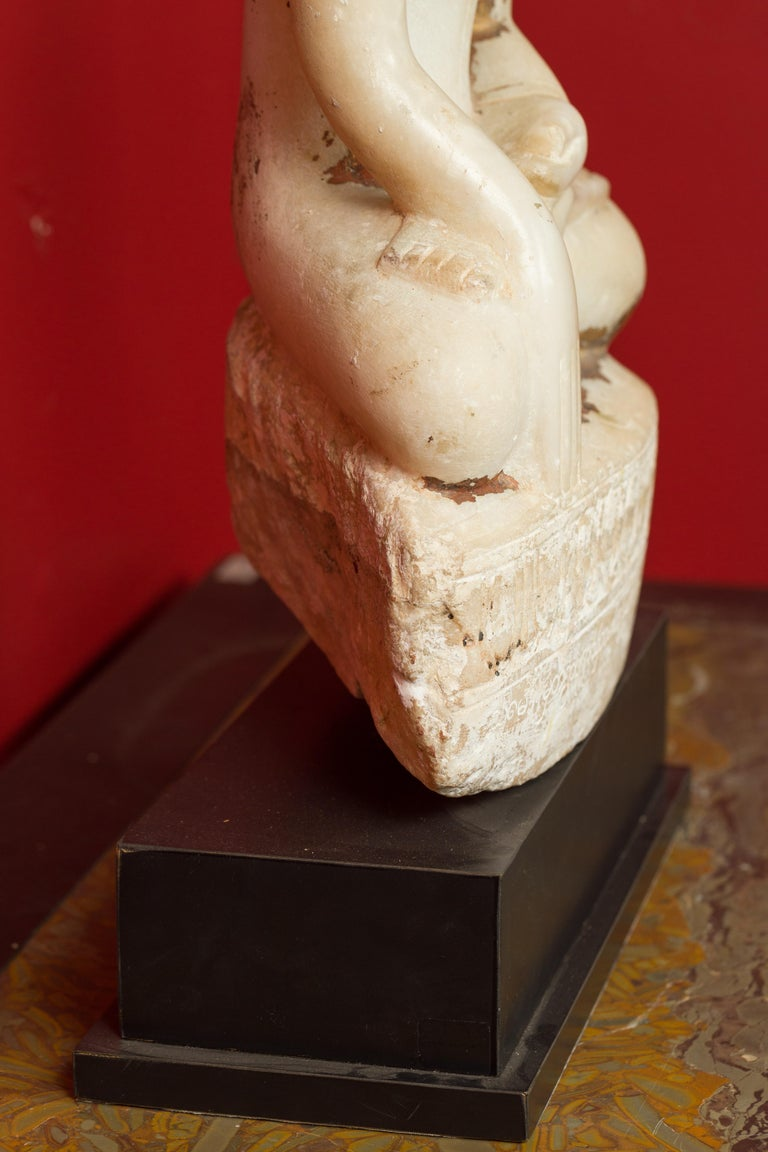 17th or 18th Century Burmese Shan Style Alabaster Sculpture of a Seated Buddha For Sale 4