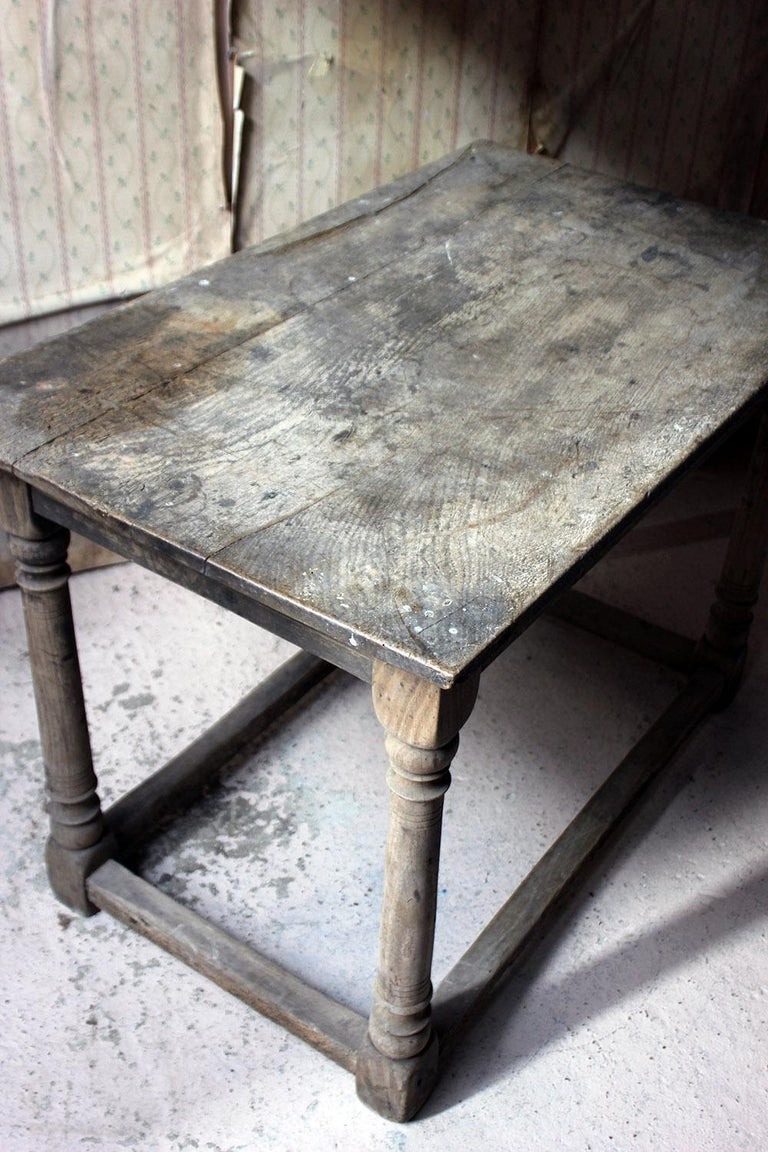 17th Century Dry Oak Charles II Period Side Table, circa 1680 For Sale 1