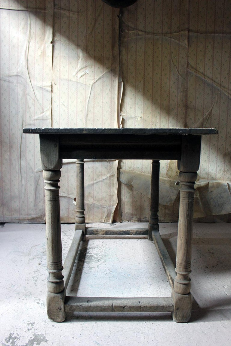 17th Century Dry Oak Charles II Period Side Table, circa 1680 For Sale 3
