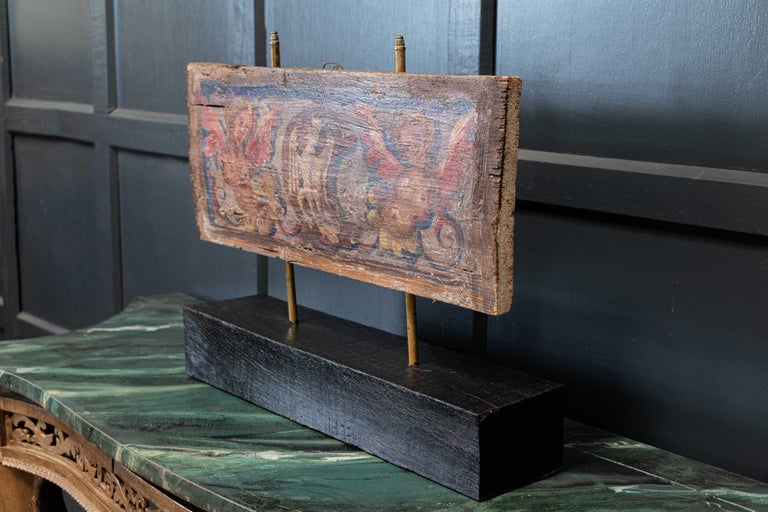 17thc Polychrome Painted Ceiling Panel In Good Condition For Sale In Harrogate, GB
