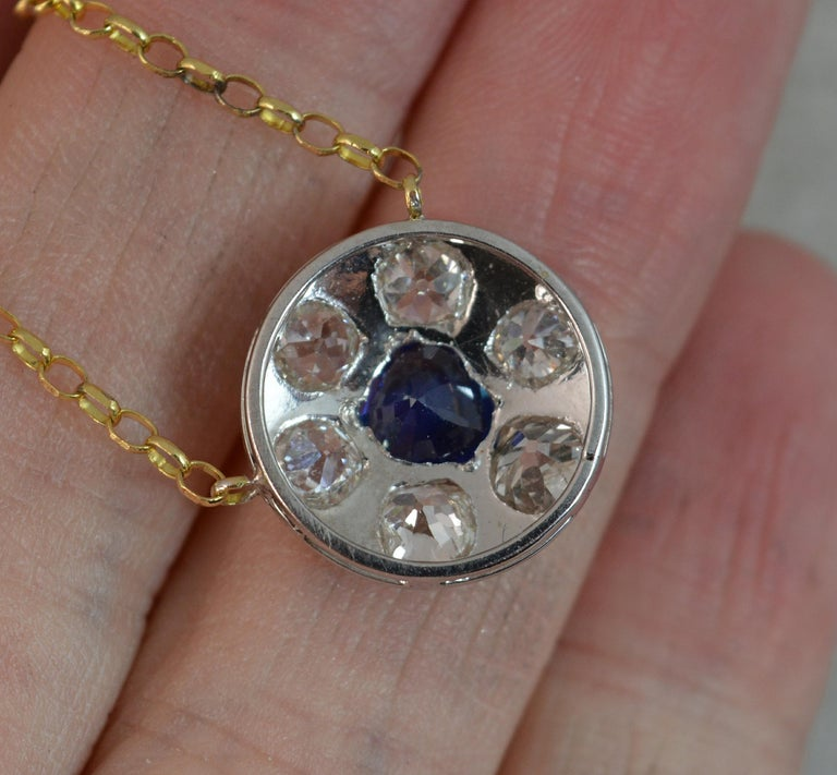 18 Carat Gold Blue Sapphire 1.7 Carat Old Cut Diamond Necklace Pendant For Sale 4
