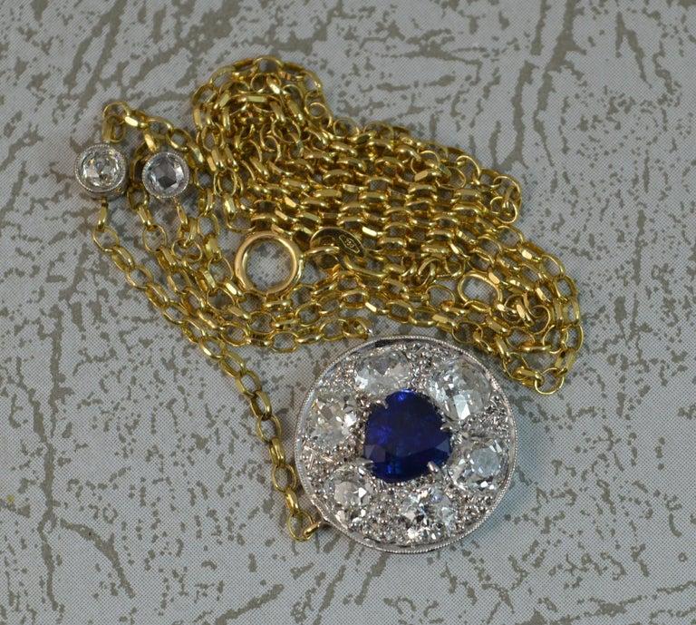18 Carat Gold Blue Sapphire 1.7 Carat Old Cut Diamond Necklace Pendant For Sale 2
