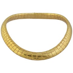 18 Carat Gold Collar Necklace with Alligator Skin Pattern by Tiffany circa 1970s
