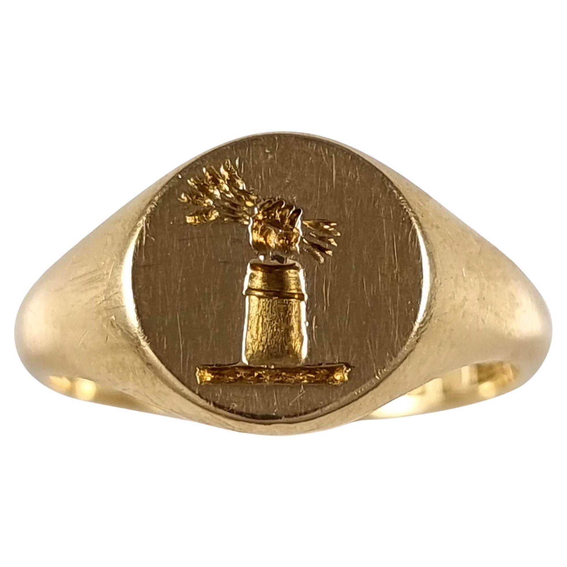 18 Carat Gold Intaglio Signet Ring, 1936