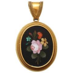 18 Carat Gold Neoclassical Locket with Florentine Pietra Dura