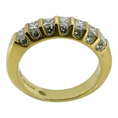 18 Carat Gold Ring, Princes Diamonds, Brilliant Diamonds, Unique Design