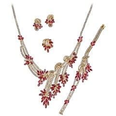 18 Carat Gold Ruby Diamond Necklace Suite