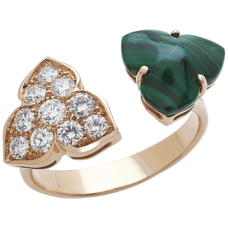 18 Carat Pink Gold Round Cut Diamonds and Malachite Ring For Sale