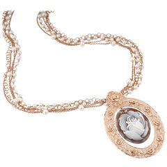 18 Carat Rose Gold-Plated 925 Sterling Silver Sea Shell Cameo Necklace