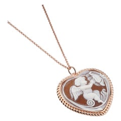18 Carat Rose Gold Plated 925 Sterling Silver with Sea Shell Cameo Pendant