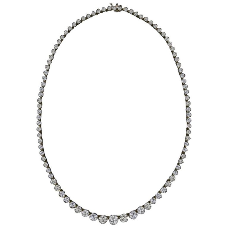 18 Carat Tennis Riviere Necklace 18 Carat Yellow Gold G Color VS Clarity For Sale