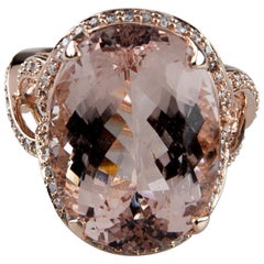 18 Carat Tourmaline Solitaire Ring with Diamond Accents in Rose Gold