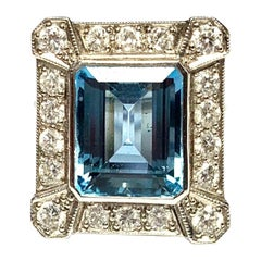 18 Carat White Gold Art Deco Aquamarine and Diamond Ring