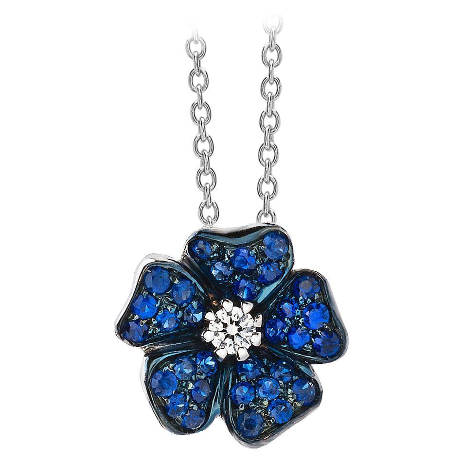 18 Carat White Gold Blue Sapphires and Diamonds Pendant Necklace