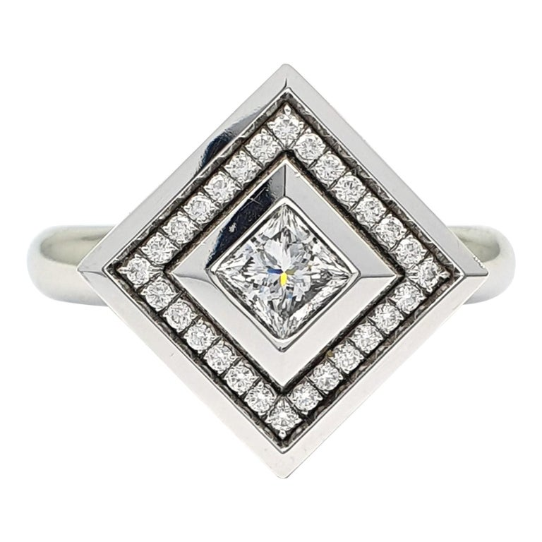18 Carat White Gold Ring part with an 0.53 Carat Princess Cut Diamond & Diamonds For Sale