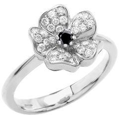 18 Carat White Gold Round Brilliant Cut Black and White Diamonds