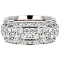 18 Carat White Gold Round Brilliant Cut Diamonds Band Ring