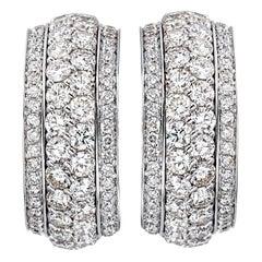 18 Carat White Gold Round Brilliant Cut Diamonds Clip-On Earrings