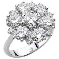 18 Carat White Gold Round Cut Diamonds Classical Design Bridal Ring