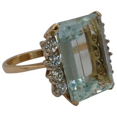 18 Carat Yellow and White Gold Aquamarine and Diamond Cocktail Ring